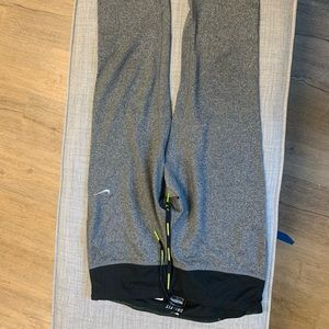 Nike Capri length running tights